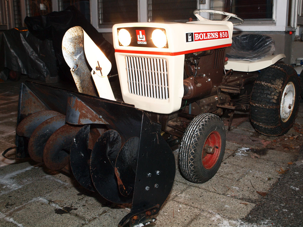 Bolens850SnowBlower_11.jpg